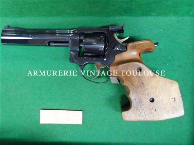 Révolver MANURHIN MR 32 calibre 32 S&W