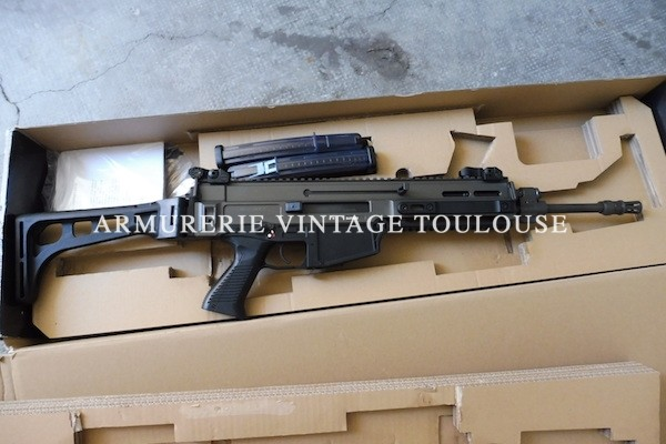 Fusil d'assaut CZ805 BREN calibre 223 Remington neuf dans sa boite d'origine