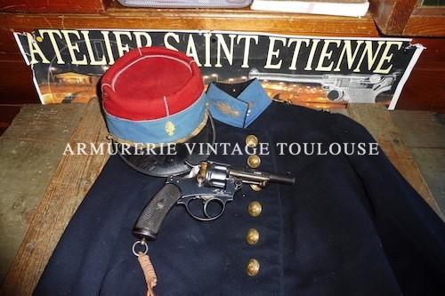 Révolver réglementaire d'officier Français Chamelot-Delvigne modèle 1874 calibre 11mm