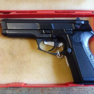 Pistolet semi automatique calibre 9 X 19  LLAMA mod 82