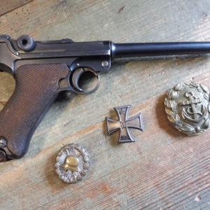 Rare variante de pistolet P08 marine (modèle 14) fabrication 1917 en calibre 9 X 19!!