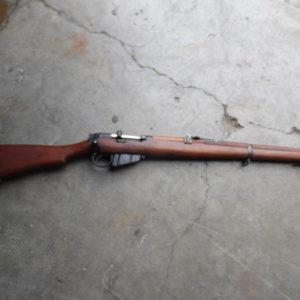 Superbe fusil réglementaire Britannique transformé en 22 L R