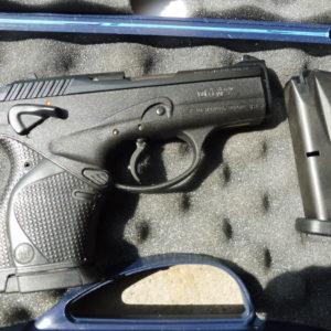 Pistolet Beretta 9000 S en calibre  9 X 19