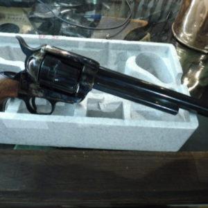 Réplique italienne d'un Colt 1873 S.A.A. calibre 45