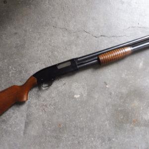 Fusil à pompe Winchester Defender 1200 calibre 12/76