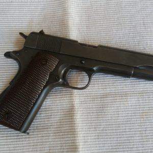 Pistolet 1911 A1 calibre 45 A.C.P. fabrication Remington 1944