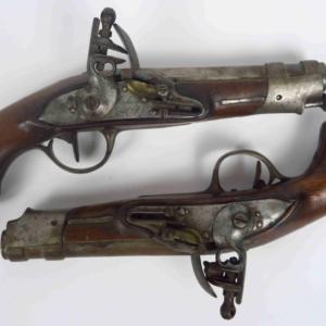 Vente aux enchères : Armes de collection, Décorations, Fusils