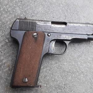 Pistolet Ruby modèle 1914 calibre 7,65