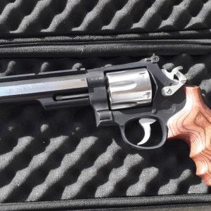 annonce client: Superbe Revolver Smith et Wesson 629/6 calibre 44 Magnum Hunter