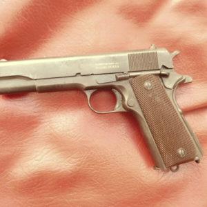 Beau pistolet 1911 A1