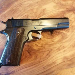 Rare pistolet  calibre 11,25 mm réglementaire Norvégien Kronsberg 1914