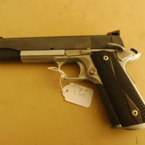 Beau pistolet calibre 45 A.C.P. fabrication Colt 1911 AI  MKIV Serie 70