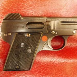 Pistolet Steyr 1908 à canon basculant, en acier usiné, calibre 6,35