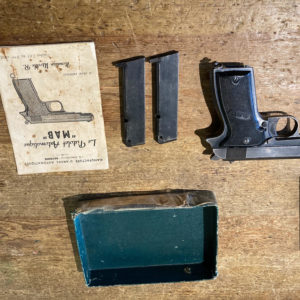 Pistolet semi-automatique calibre 7,65