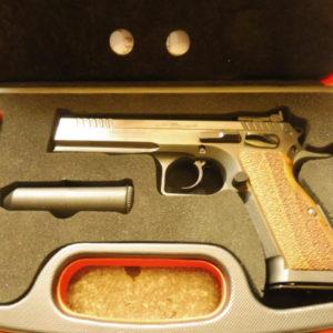 Superbe pistolet Tanfoglio Stock III calibre 9 x 19 occasion superbe