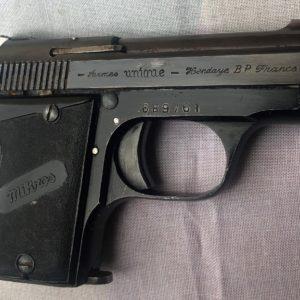 Intéressantpetit pistolet Mikros unique calibre 6,35mm en parfait état