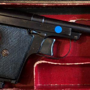 Pistolet semi automatique Le Français type policeman calibre 6,35 mm