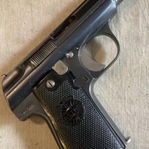 Superbe pistolet semi-automatique Astra 3000 calibre 7,65 Browning